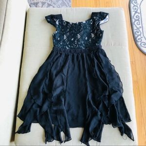 Girls black Disney Signature Dress, SZ 7/8